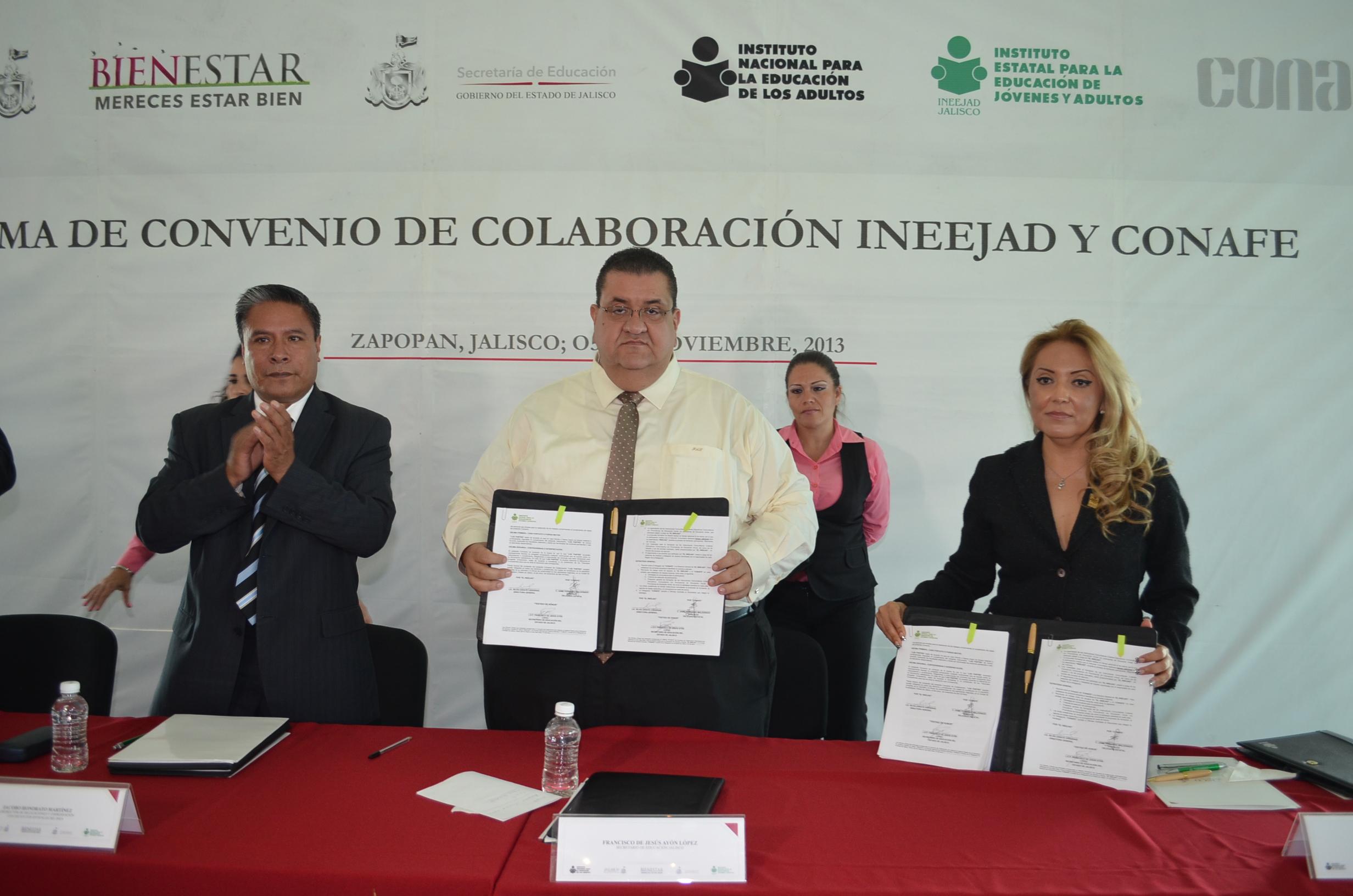 Firman convenio Ineejad y Conafe para alfabetizar y reducir el rezago educativo entre los mexicanos