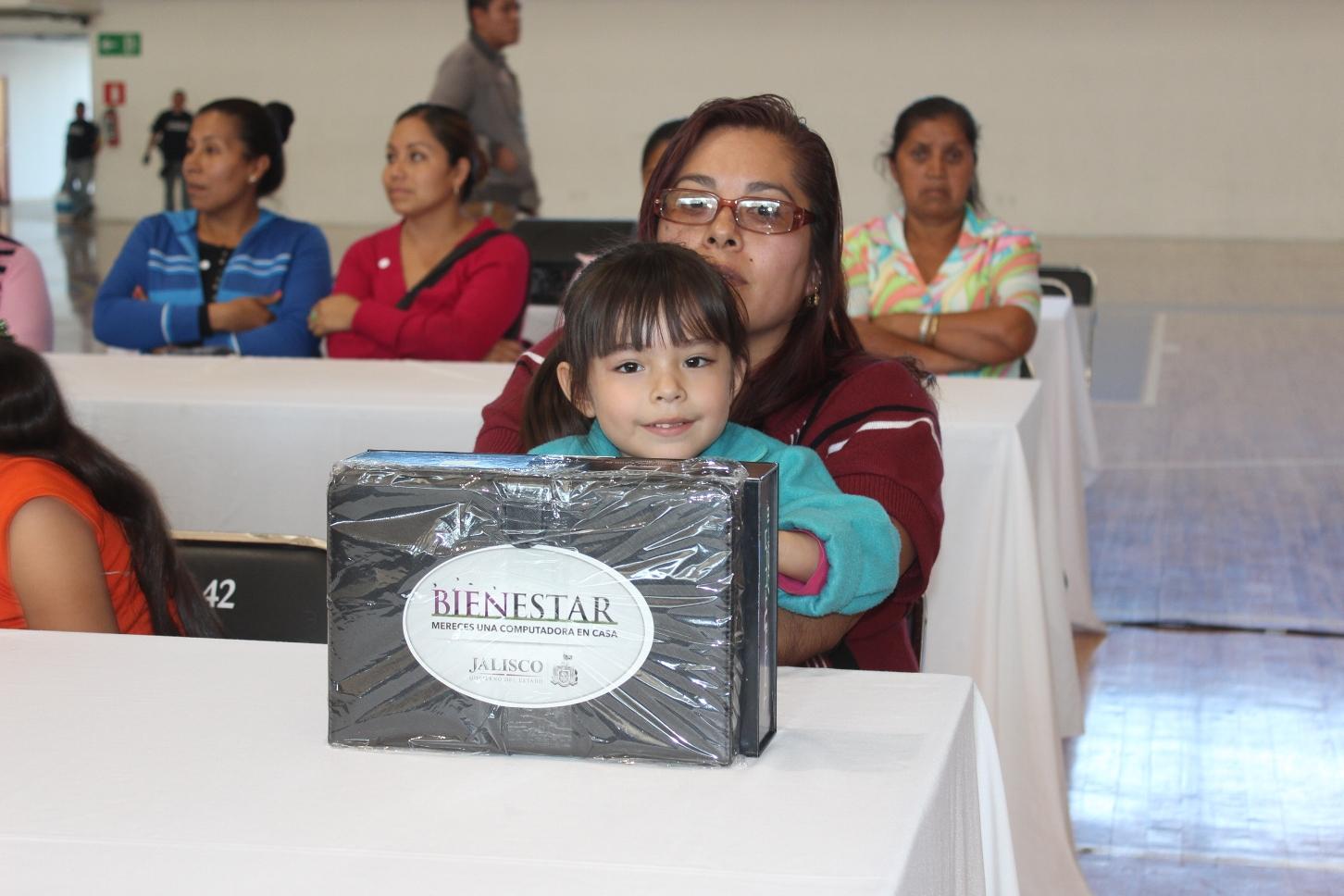 Es la gente la fuerza y el corazón del Gobierno de Jalisco: Rizo Castelo