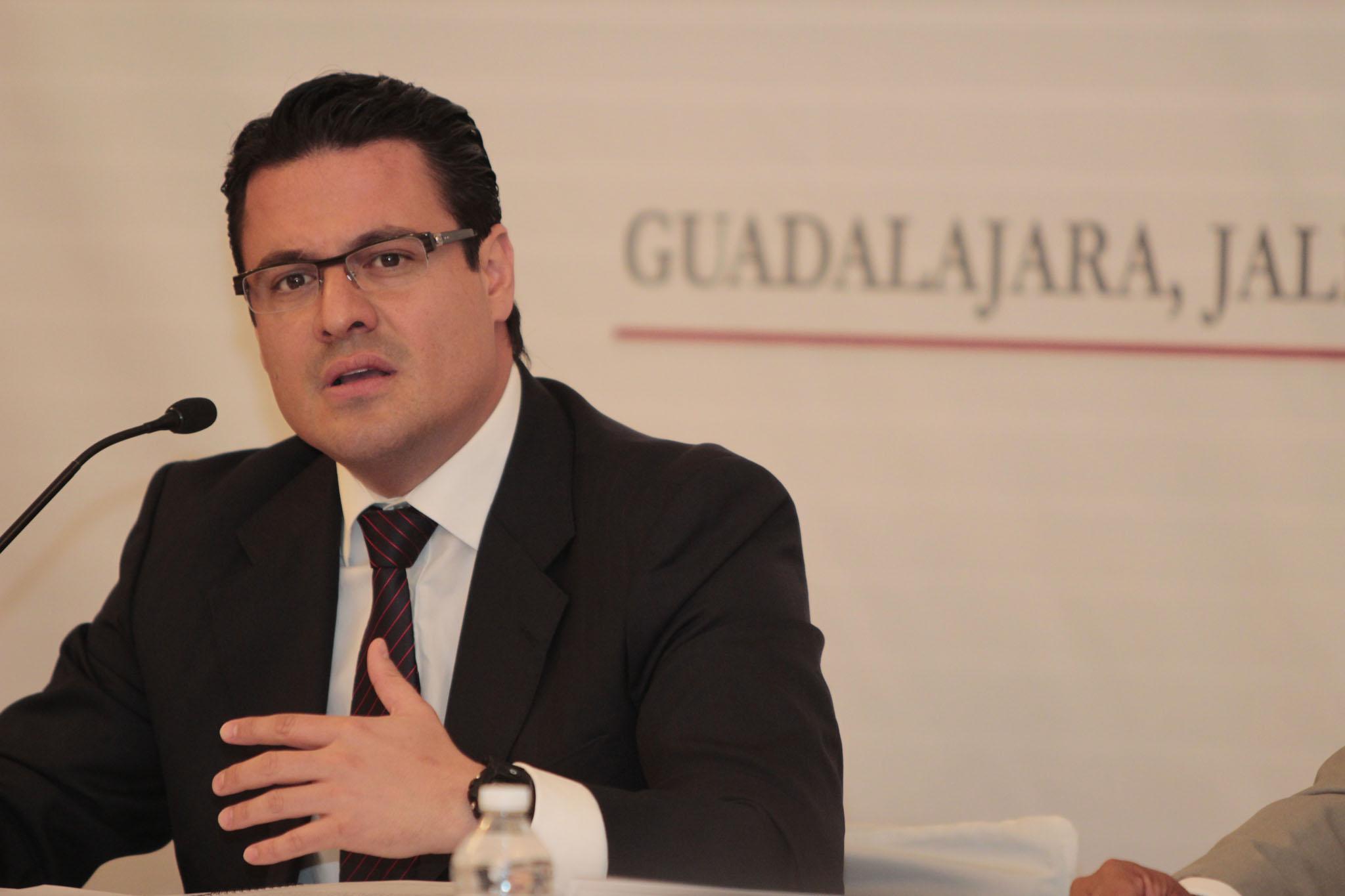 Recibe Gobernador el pliego petitorio general de demandas 2013