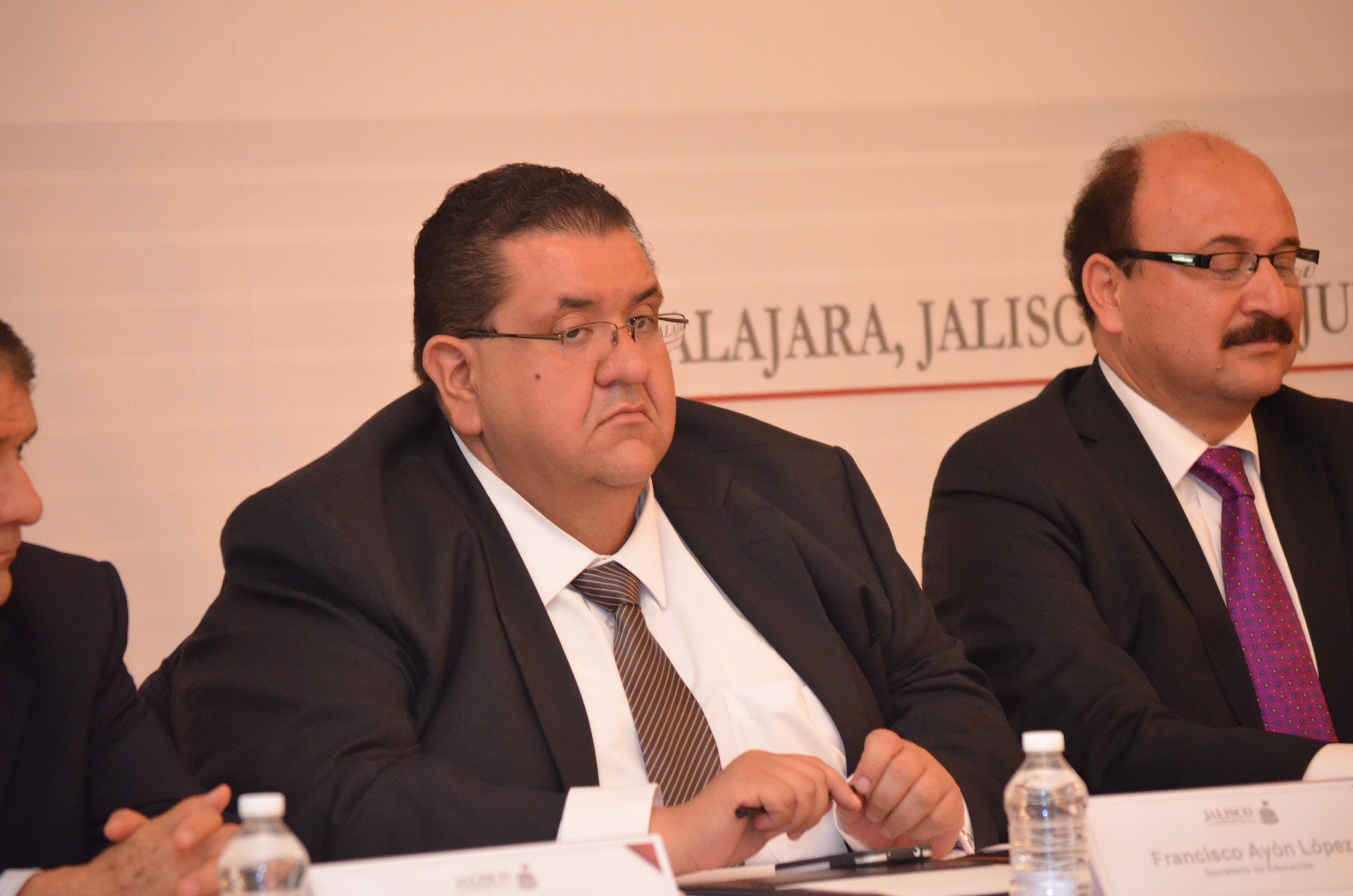 Recibe Gobernador del Estado pliego petitorio de las secciones 16 y 47 del SNTE