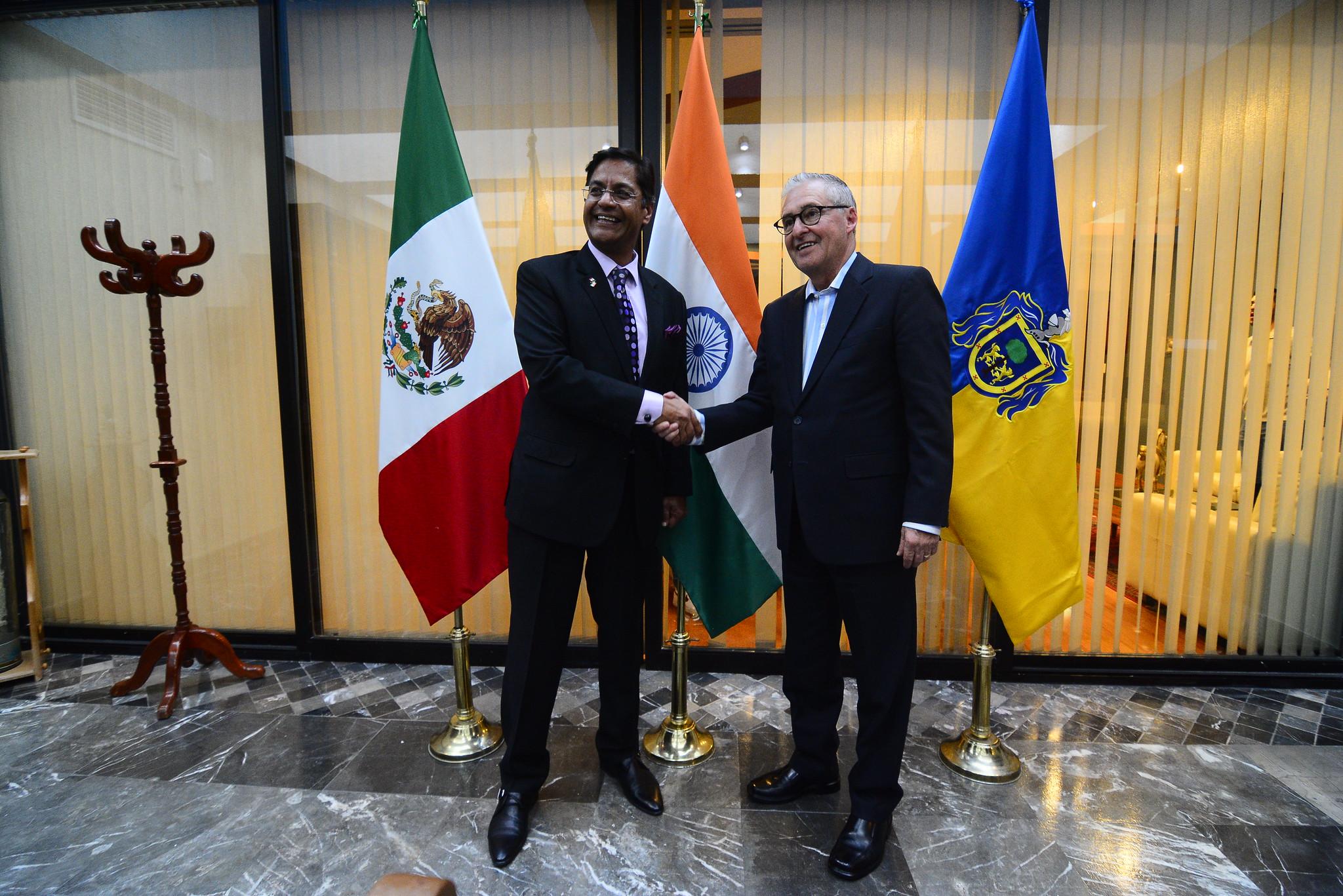 Reciben en Jalisco al Embajador de la India en México