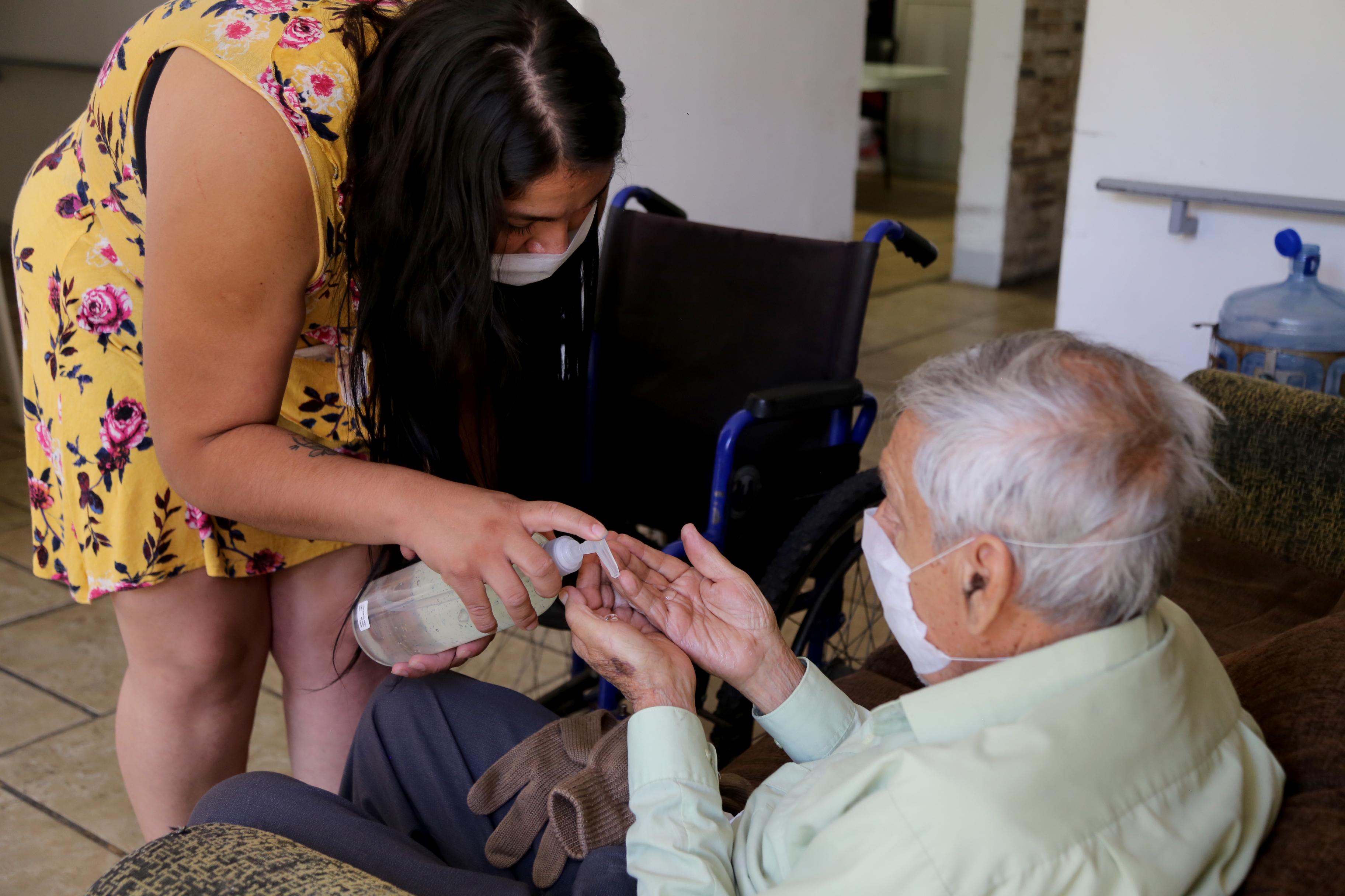 Fortalece DIF Jalisco medidas preventivas ante COVID-19 en casas hogar y albergues de adultos mayores