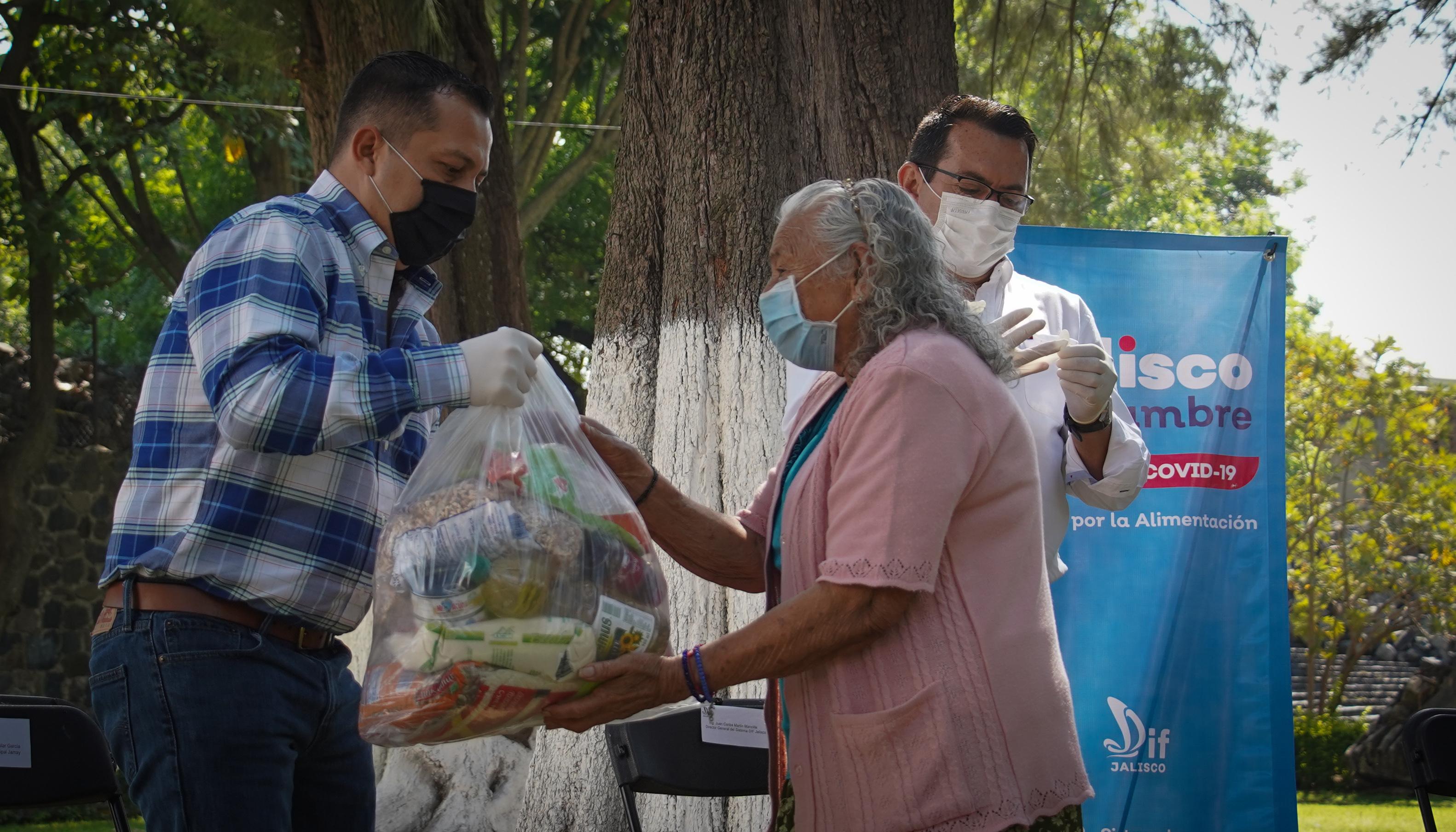 Unen esfuerzos DIF Jalisco y grupos de migrantes radicados en Estados Unidos para apoyo de despensas de Jalisco Sin Hambre