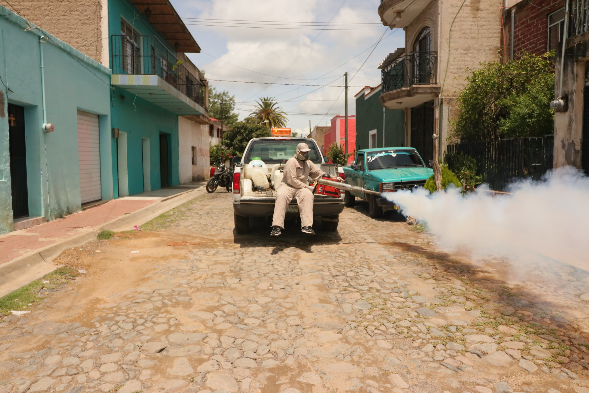 Brigadas realizan acciones contra el dengue en Ixtlahuacán del Río