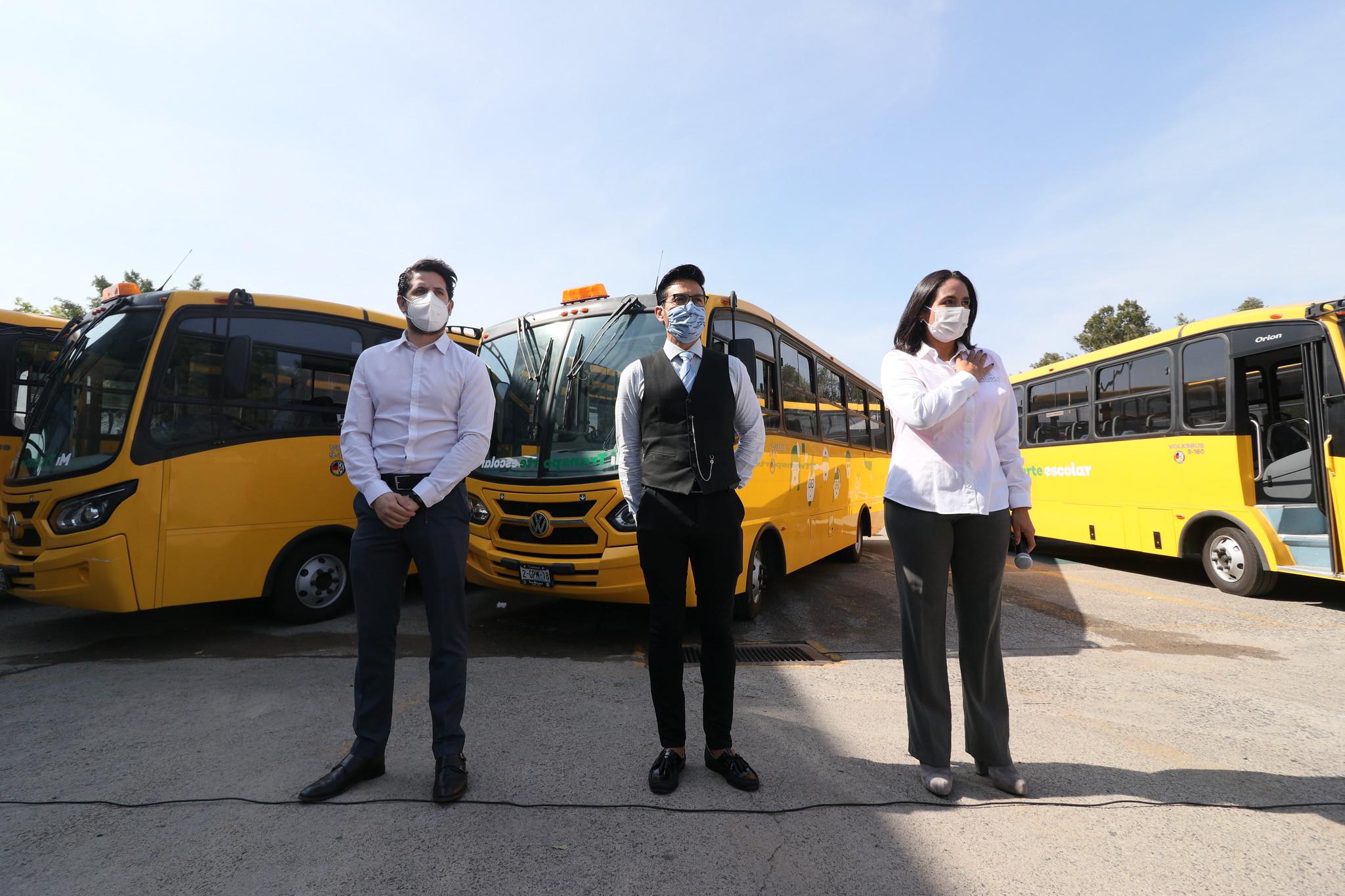 Concluye SSAS entrega de camiones Mi Transporte Escolar a municipios
