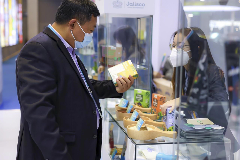 Consolida Jalisco presencia en el exterior con pabellón comercial en China