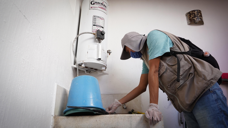 SSJ realiza acciones de control larvario en Huentitán El Alto