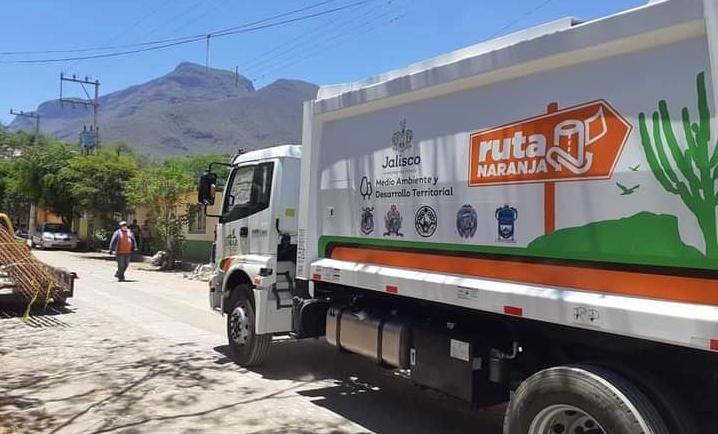 Simar Ayuquila Llano recibe galardón por buenas prácticas ambientales