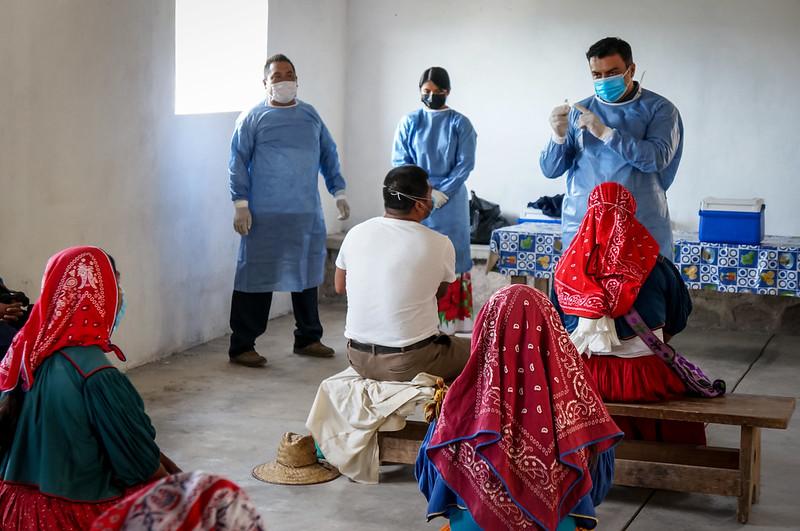 Concluye segunda jornada especial de vacunación contra COVID-19 en comunidades wixaritari
