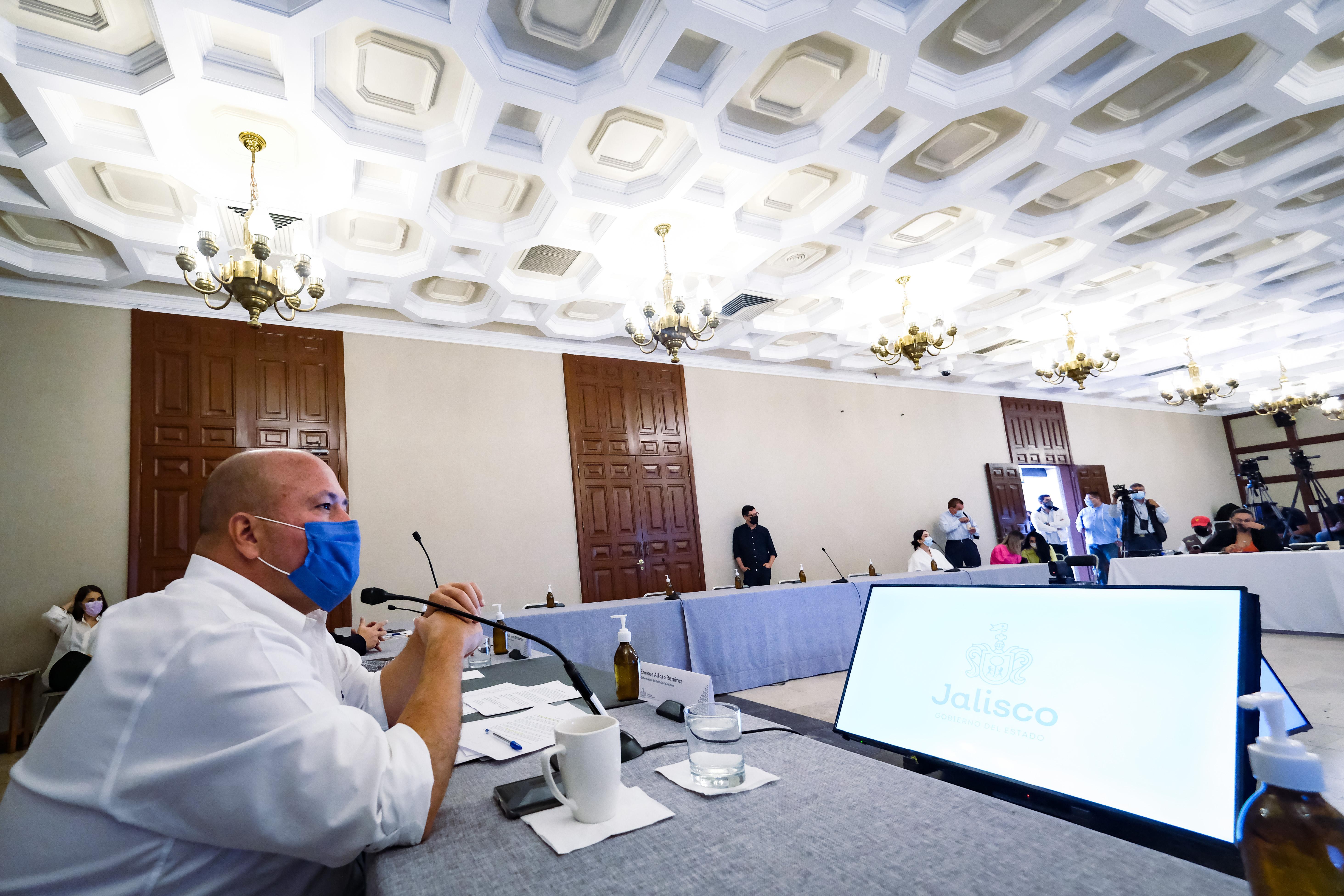 Presentan denuncia ante la Fiscalía Anticorrupción en contra de pensión dorada por inconsistencias en su otorgamiento