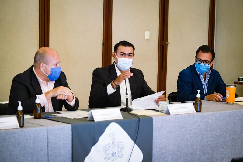 Urge Enrique Alfaro a alcaldes metropolitanos atender gestión de residuos y temas de ordenamiento territorial del AMG