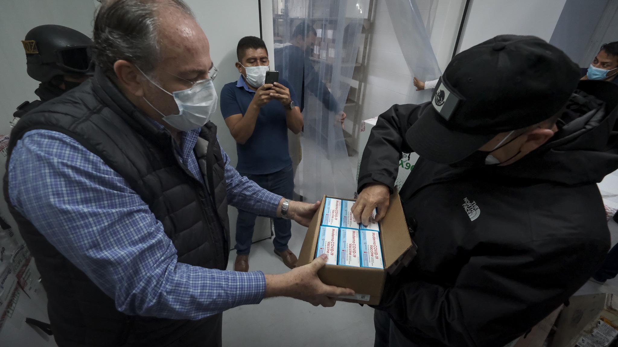 Recibe Jalisco más de 700 mil vacunas contra COVID-19
