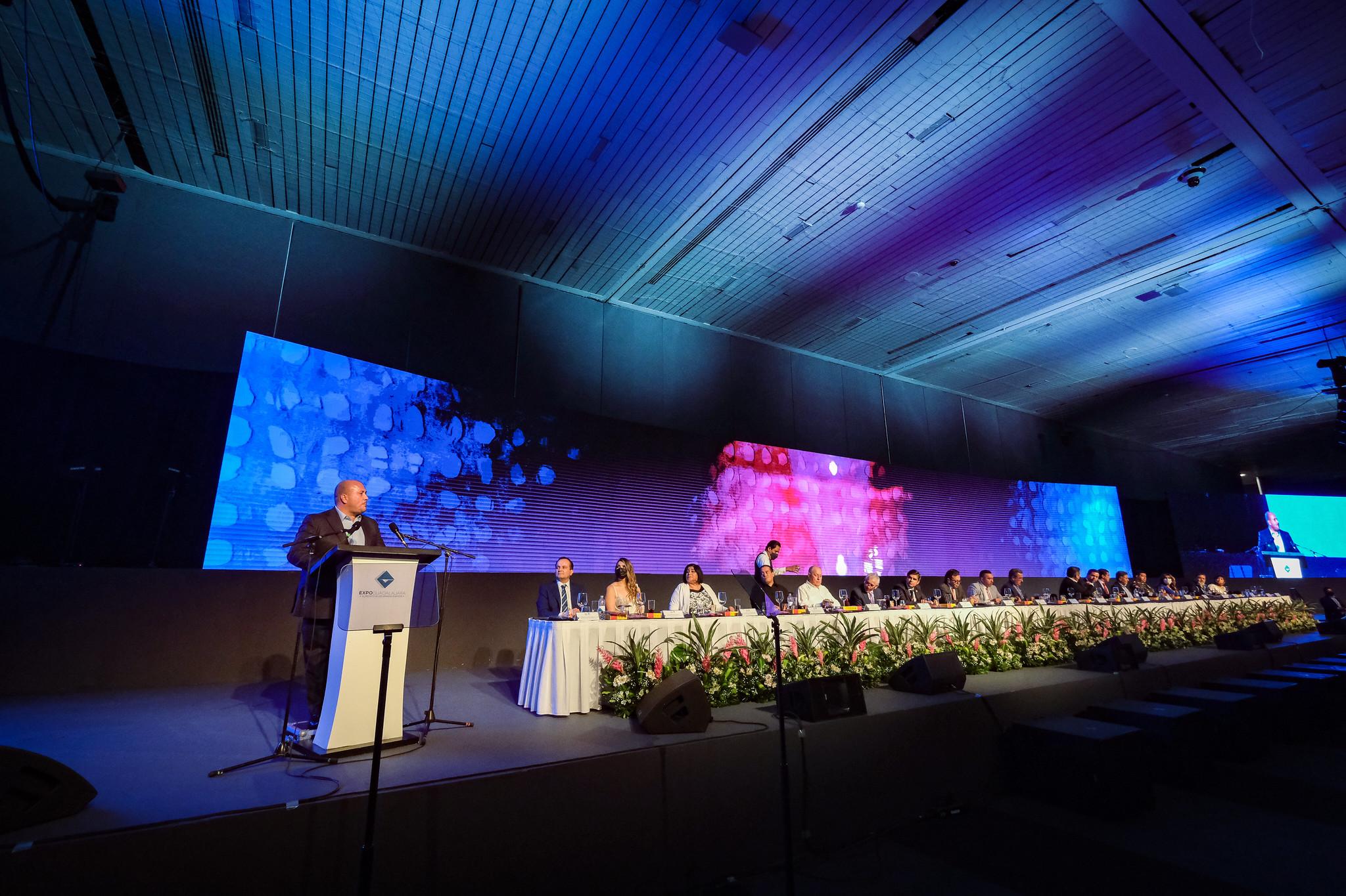 Consulta sobre pacto fiscal no busca confrontación ni olvidar subsidiariedad con otros estados.- Enrique Alfaro
