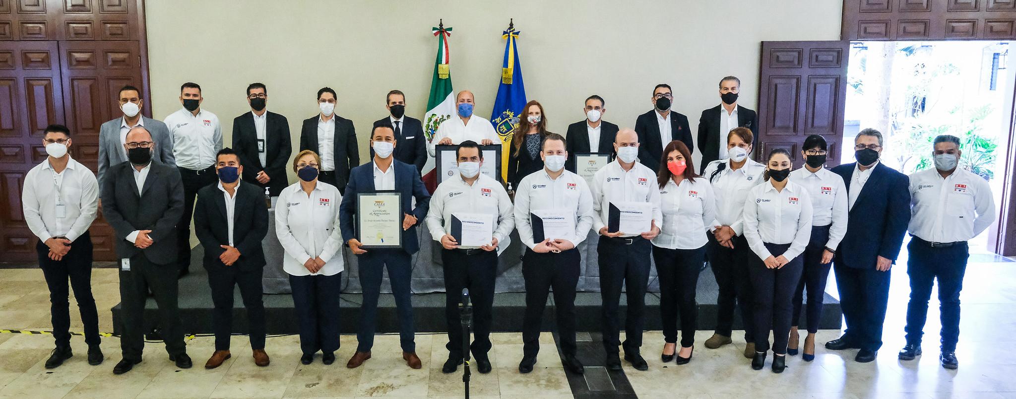 Encabeza Enrique Alfaro acto de certificación internacional de CALEA al Centro Escudo Urbano C5