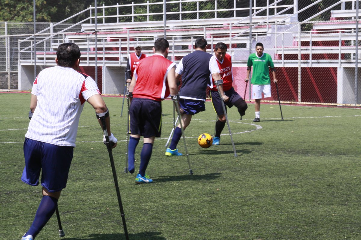Apoya DIF Jalisco a equipo de futbol Lobos de Jalisco