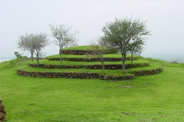 """Centro Interpretativo Guachimontones """"Phil Weigand"""" y zona arqueológica"""