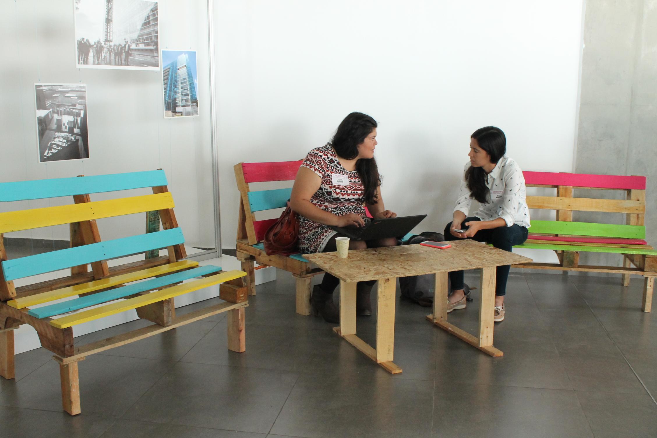 Estudiantes Crean Muebles Ecol Gicos Para Epicentro Gobierno Del