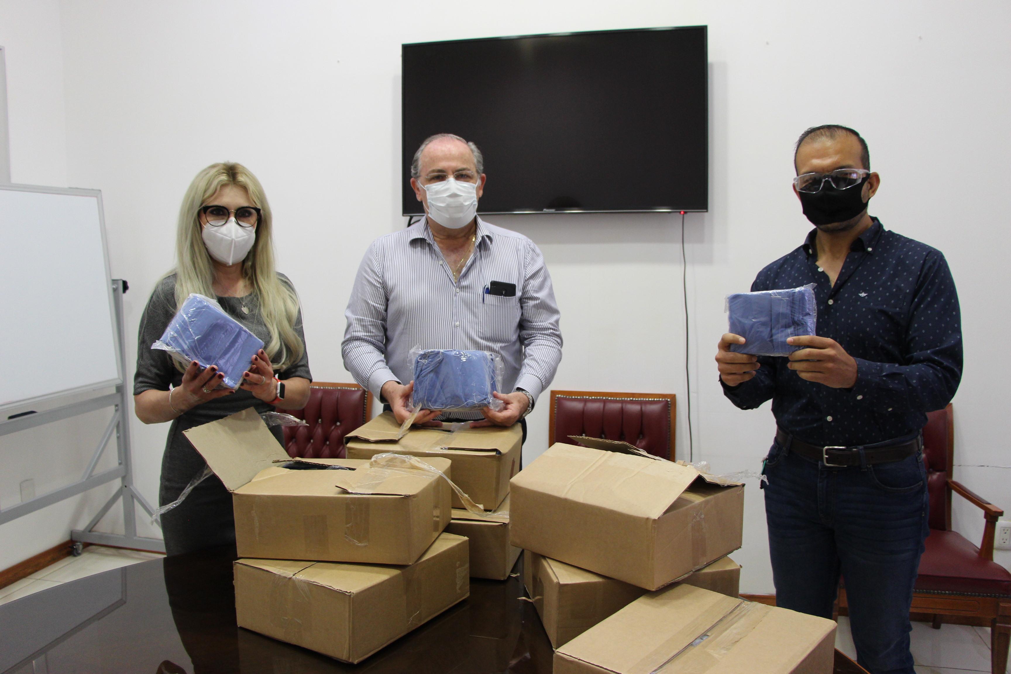 Recibe Coprisjal donación de 7 mil cubrebocas