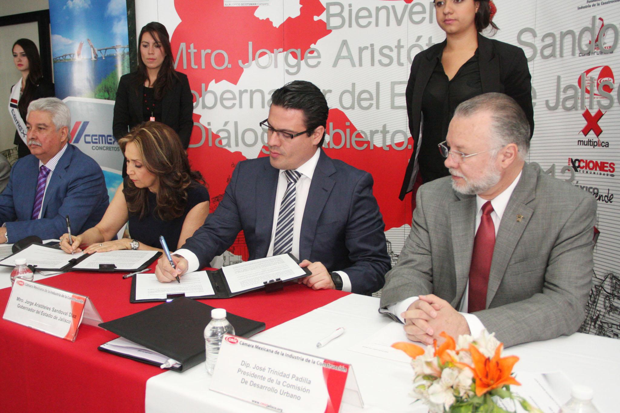 Firma Gobernador Pacto por la Transparencia en la Obra Pública