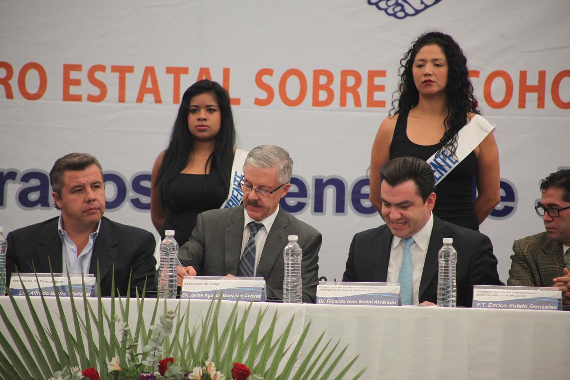 Firma SSJ convenio de acciones para combatir el alcoholismo