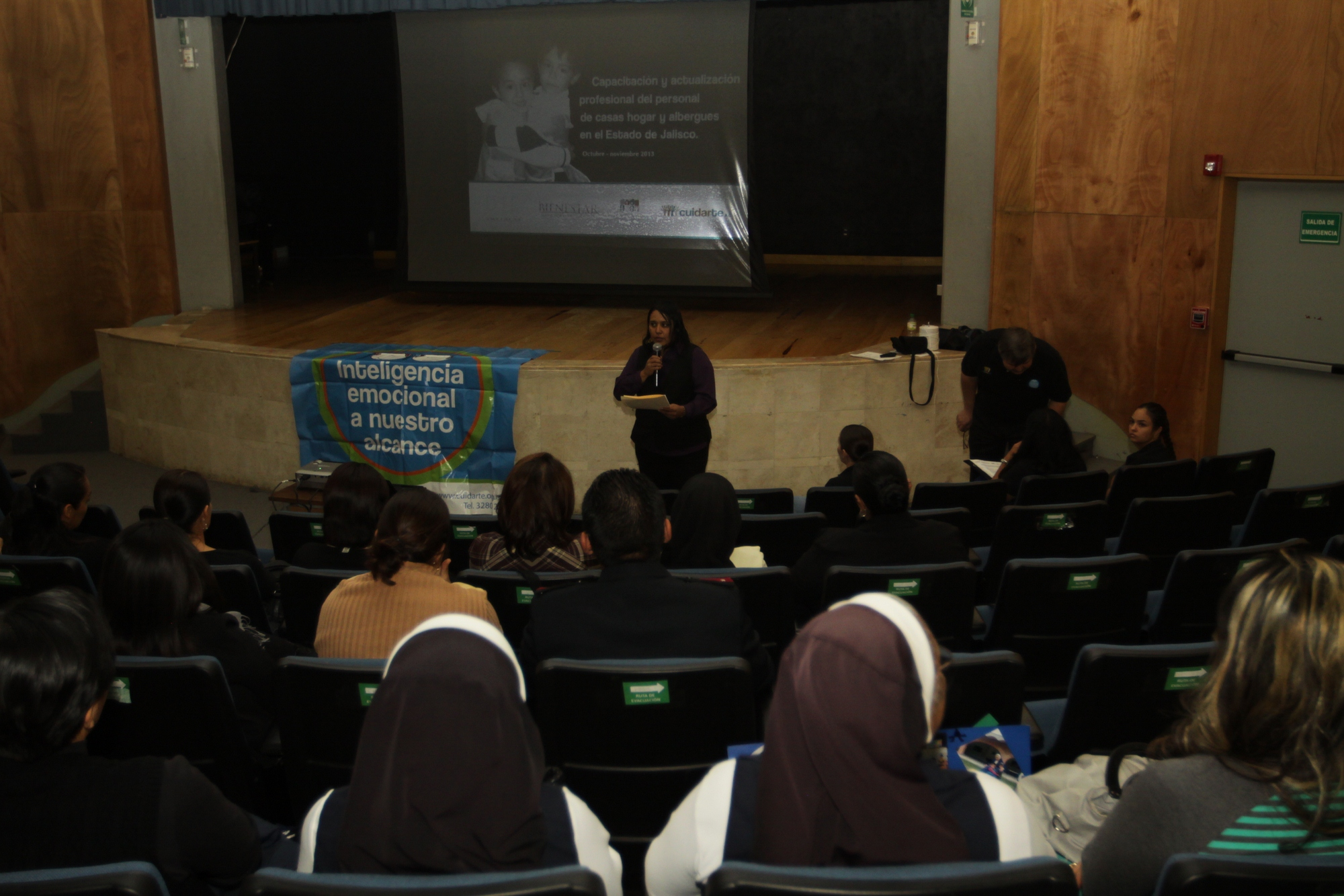 Concluye DIF Jalisco capacitación a personal de casas hogar