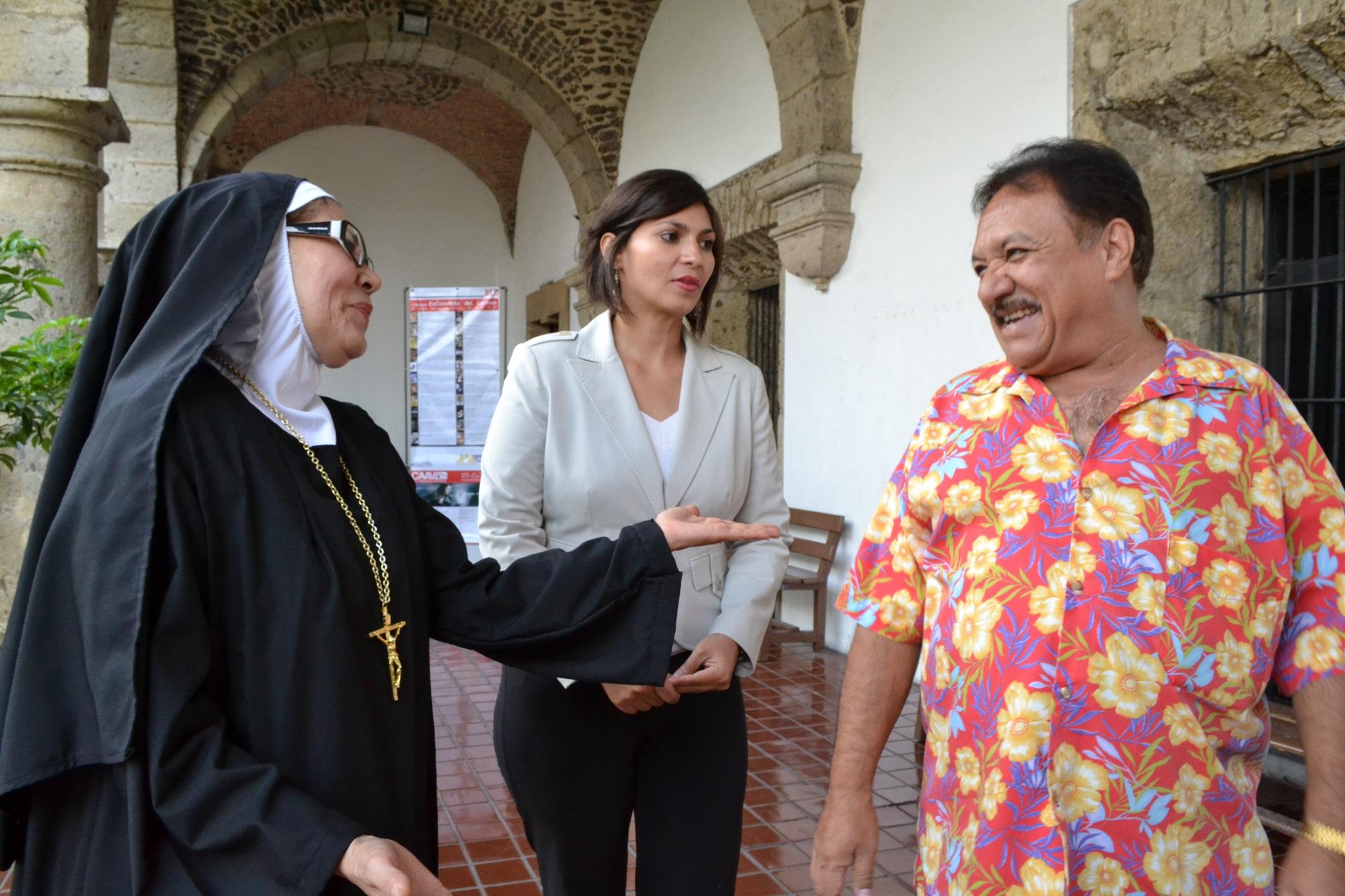 Presentan Los enredos de una monja en el Ex Convento del Carmen