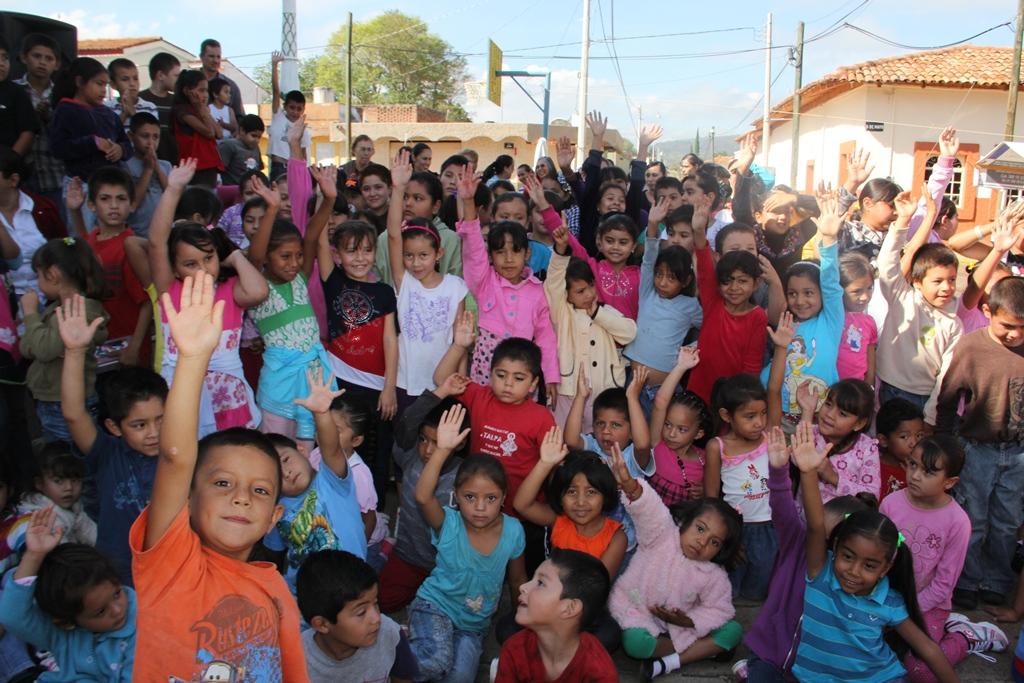 La CEA concientiza a niños  sobre el cuidado del agua en Mixtlán