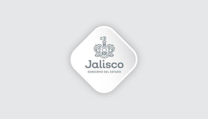 Asegura Fiscalía del Estado dos vehículos pesados con blindaje artesanal en Tuxpan, Jalisco