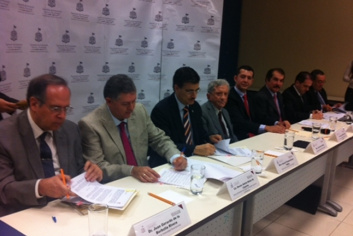 Imagen alusiva a la nota Firma convenio SICYT con universidades para realizar  acciones conjuntas