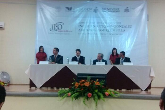 Imagen alusiva a la nota La SICYT refrenda su compromiso de mejorar la calidad y cobertura de la educación superior en Jalisco  •Toma protesta el nuevo director del ITS de Lagos de Moreno