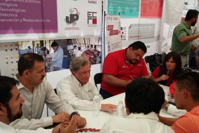 Imagen alusiva a la nota Presenta la SICyT sus programas en Villa Hidalgo con Camino al Bienestar