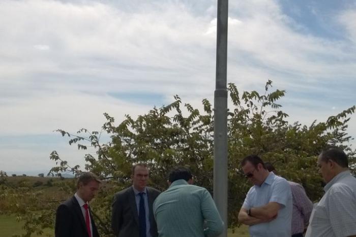 Imagen alusiva a la nota Instalan luminarias de energía renovable en Guachimontones
