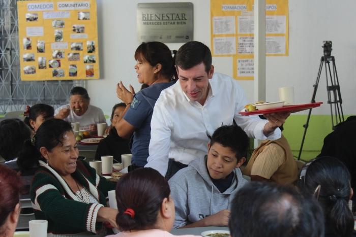 Imagen alusiva a la nota En Guadalajara, SEDIS entregó apoyos económicos para 11 comedores comunitarios