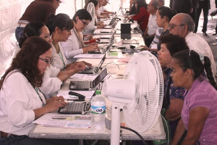 Imagen alusiva a la nota Instala SEDIS módulos para inscripción a programas sociales del Gobierno de Jalisco